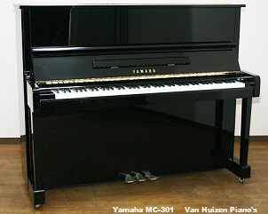 Piano Yamaha MC 301 te koop